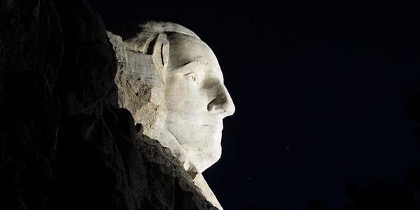 Mount Rushmore aydinlatma 2
