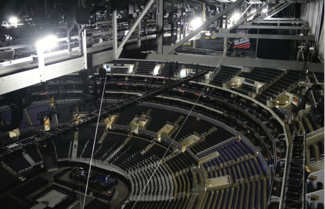 Staples Merkezi ve Microsoft Tiyatrosu 01